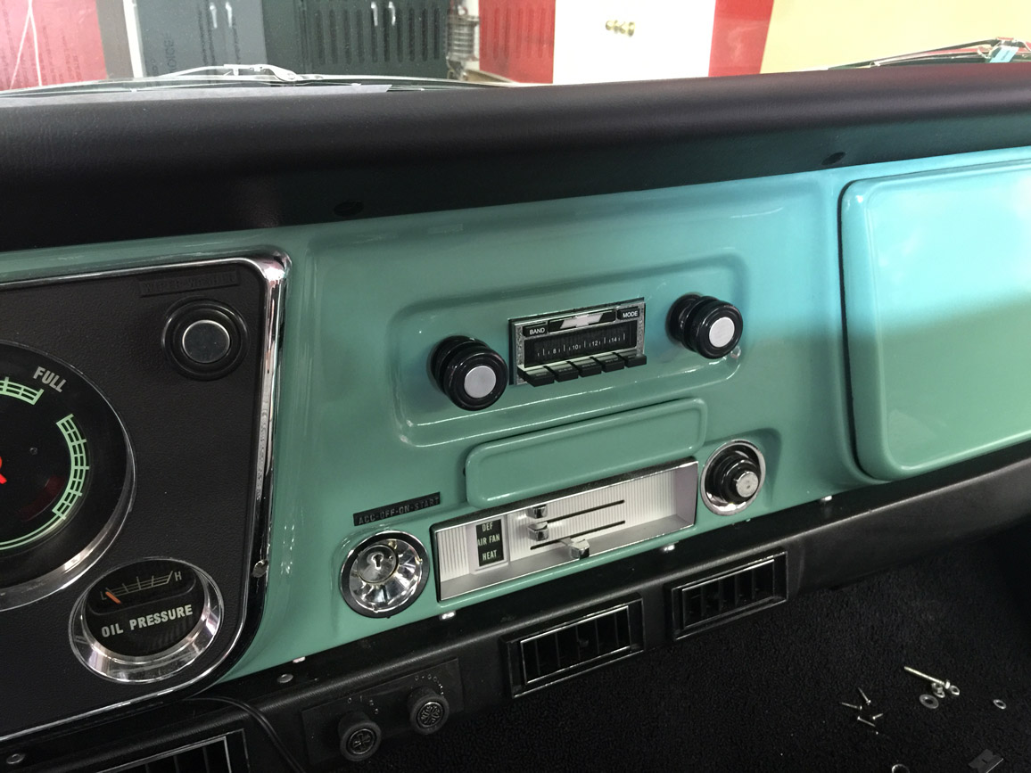 1969 Chevrolet C10 Gets An Oem Style Radio Back Next